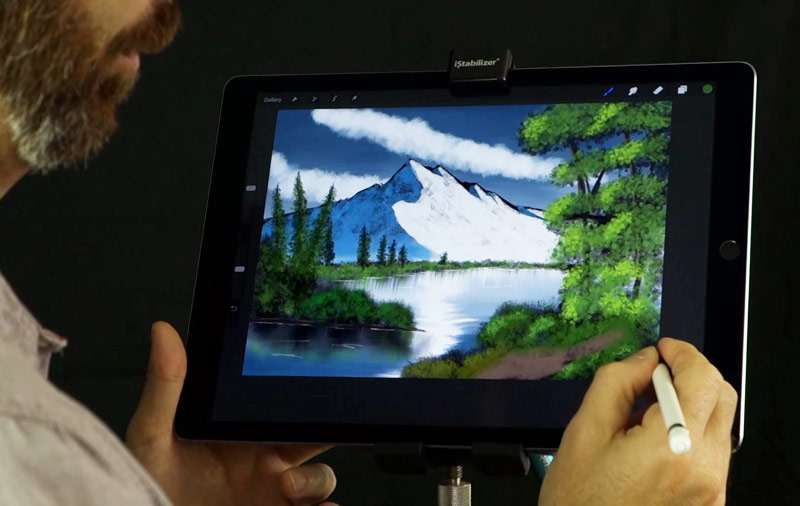 43ed8fc833073c8b73477e9e5e0850c2 The artist conducted a master class in painting using Pencil Apple [video]