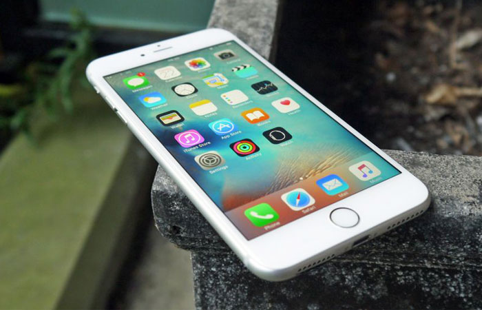 Image result for iphone 7 COMMS