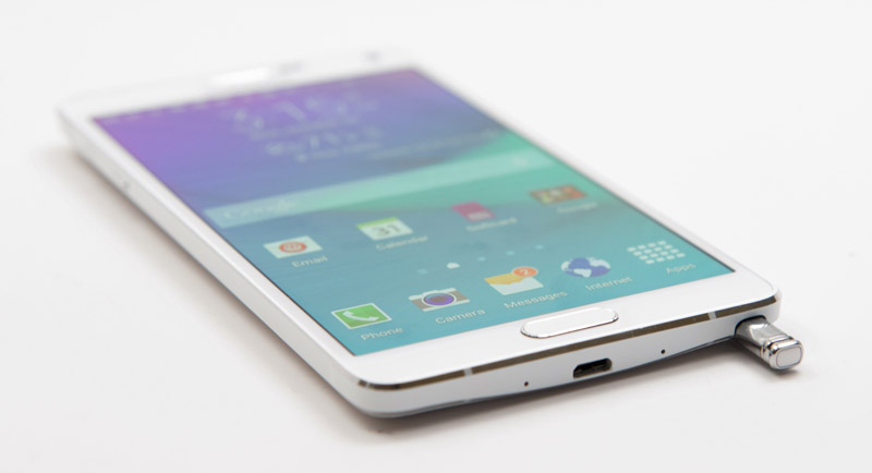 The network leaked information about the flagship phablets Samsung Galaxy Note 5 and Galaxy S6 edge Plus