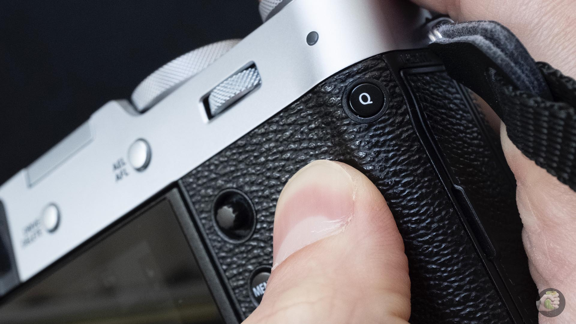 "Six months with Fujifilm X100V: is a ""soap box"" necessary in a world ruled by smartphones?"